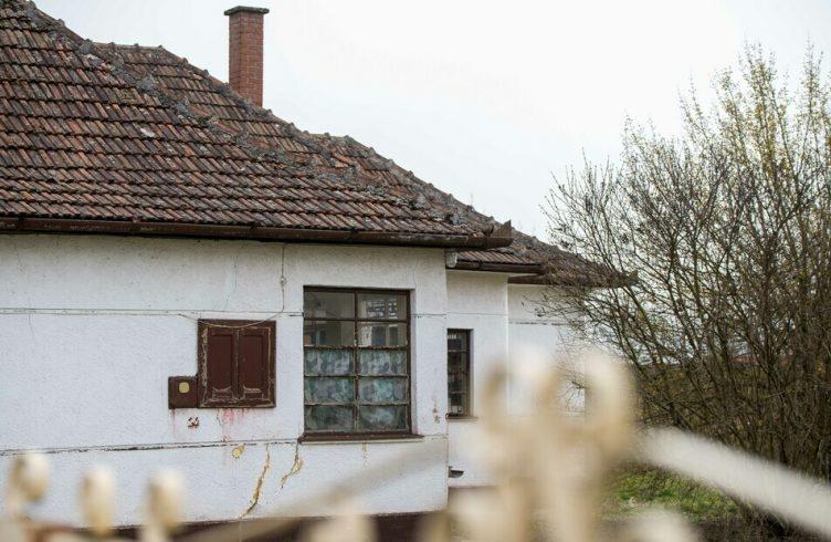 Akik kimaradnak az energetikai felújításokból: lakhatási szegénység Magyarországon